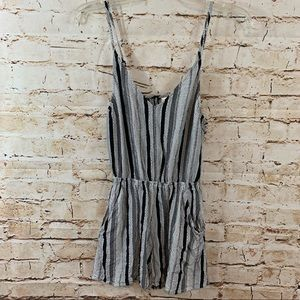 H&M Divided Black/White Designed Romper